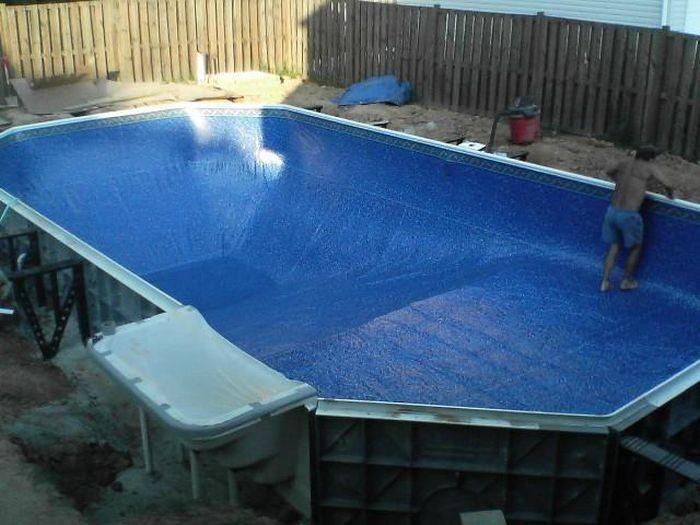 Как построить бассейн на улице своими руками видео