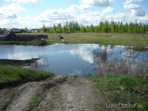Паводок на Оке: вода на дороге